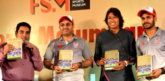 Virender Sehwag, Jhulan Goswami & Manoj Tiwary at book launch by Boria Majumdar