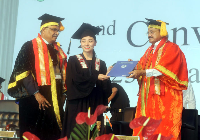 The Vice President, Shri M. Venkaiah Naidu presenting the degrees to the students, at the 2nd Convocation of National Institute of Technology, in Chumukedima, Dimapur, Nagaland on May 23, 2018.