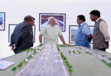 The Prime Minister, Shri Narendra Modi visiting the exhibition to review progress of Delhi-Meerut Expressway, in New Delhi on May 27, 2018. The Union Minister for Road Transport & Highways, Shipping and Water Resources, River Development & Ganga Rejuvenation, Shri Nitin Gadkari and the Minister of State for Road Transport & Highways, Shipping and Chemicals & Fertilizers, Shri Mansukh L. Mandaviya are also seen.