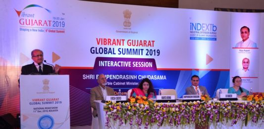 Vibrant Gujarat Roadshow Held in Kolkata
