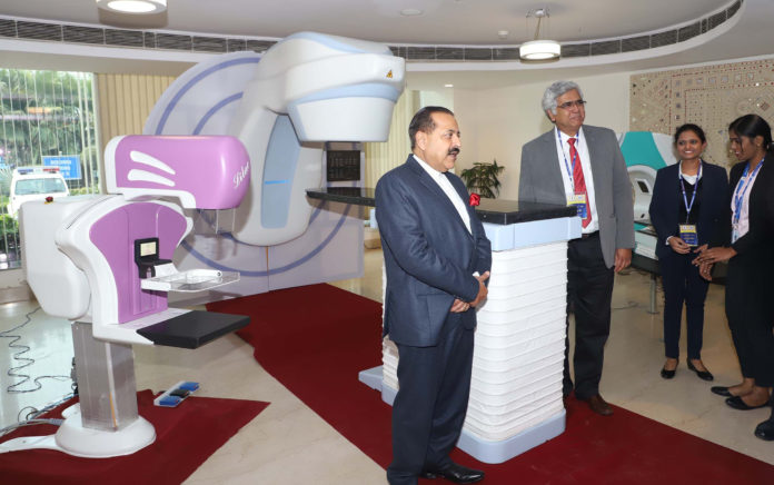 The Minister of State for Development of North Eastern Region (I/C), Prime Minister's Office, Personnel, Public Grievances & Pensions, Atomic Energy and Space, Dr. Jitendra Singh visiting an exhibition during the 'Parmanu Tech 2019' Conference, in New Delhi on February 06, 2019.