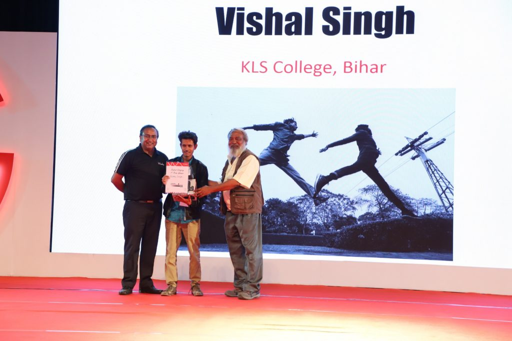 Vishal Singh, age 17, student of KLS college Bihar, wins the 1st prize for the student category