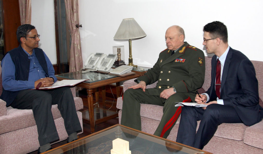 The Land Forces Cdr. of Russia, Col. Gen. Salyukov Oleg Leonidovich meeting the Defence Secretary, Shri Sanjay Mitra, in New Delhi March 14, 2019.