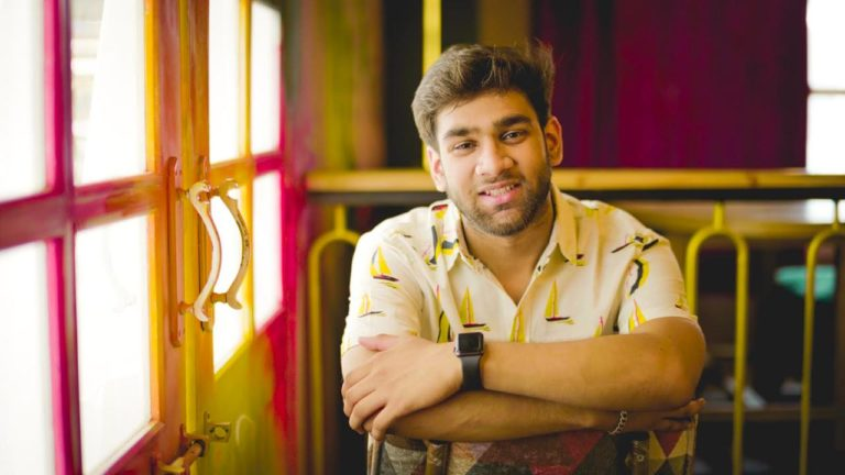 18 year old Mayank Mishra's passion and creativity helped him make it big in the digital world