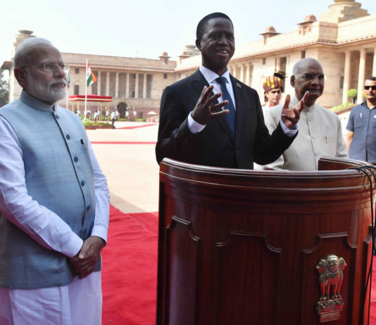 The President of the Republic of Zambia, Mr. Edgar Chagwa Lungu with the President, Shri Ram Nath Kovind and the Prime Minister, Shri Narendra Modi, at the Ceremonial Reception, at Rashtrapati Bhavan, in New Delhi on August 21, 2019.