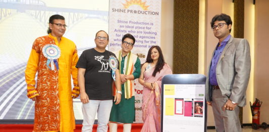 """L-R : Chief guests talented singer Surojit Chatterjee, renowned actor Rajatava Dutta, famous actor Debdut Ghosh,and popular actress Sreelekha Mitra along with Mr. Santu Sinha, Mentor, Shine Production unveiling of the app """"Shine Pro""""."""