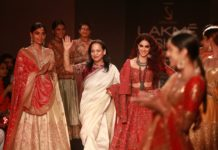 Designer Saroj Jalan with Showstopper- Bollywood Actress, Genelia Deshmukh 1