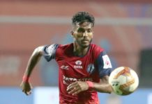 Farukh Choudhary of Jamshedpur FC and Carlos Javier Delgado of Odisha FC in action during match 3 of the Indian Super League ( ISL ) between Jamshedpur FC and Odisha FC held at the JRD Tata Sports Complex, Jamshedpur, India on the 22nd October 2019. Photo by: Vipin Pawar / SPORTZPICS for ISL