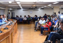 The Union Minister for Environment, Forest & Climate Change and Information & Broadcasting, Shri Prakash Javadekar briefing the media on Cabinet Decisions, in New Delhi on October 09, 2019. The Principal Director General (M&C), Press Information Bureau, Shri K.S. Dhatwalia is also seen.