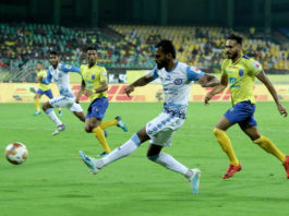 CK Vineeth of Jamshedpur FC scores a goal during match 37 of the Indian Super League ( ISL ) between the Kerala Blasters FC and Jamshedpur FC held at the Jawaharlal Nehru Stadium, Kochi, India on the 13th December 2019. Photo by: Vipin Pawar / SPORTZPICS for ISL