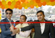 Royaloak flagship retail store inaugurated in Kolkata by Abir Chatterjee