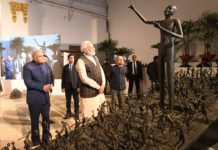 The Prime Minister, Shri Narendra Modi dedicates the four refurbished Heritage Buildings to the nation, in Kolkata on January 11, 2020. The Governor of West Bengal, Shri Jagdeep Dhankhar is also seen.