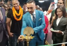 Gethin Gyms flags off in Kolkata