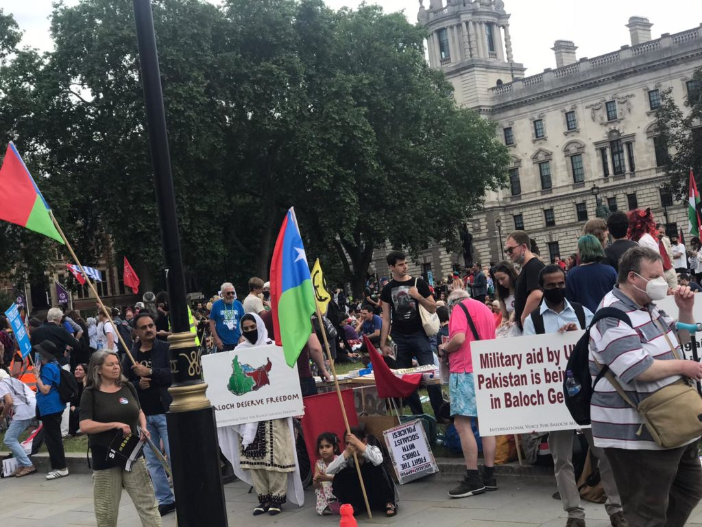 Free Balochistan movement UK branch have held a protest demonstration in-front of the British Parliament against Iranian and Pakistani state atrocities in Balochistan.